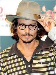 23. inayopendelewa piece of his jewelry au inayopendelewa accessory of his? I like his glasses!