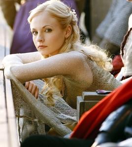 Kiss: Hunith Hug: Myror (eek, not that I want to hug him) Slap: Odin Lady Vivain Princess Elena S