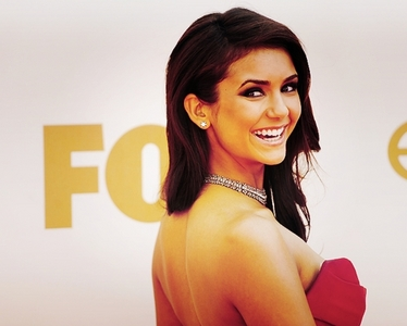 According to [url=http://www.fanpop.com/spots/nina-dobrev/picks/results/905413/since-no-idea-whats-go