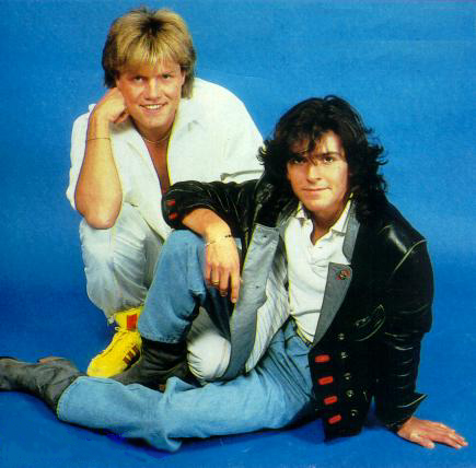 It's easy.. post each hari your favorit foto of Modern Talking :) here is mine for today :) Decem