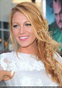 A countdown for the flawless Blake Lively!