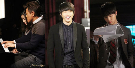 New behind-the-scenes still cuts of KBS's 'Dream High 2' have been revealed, heightening the an