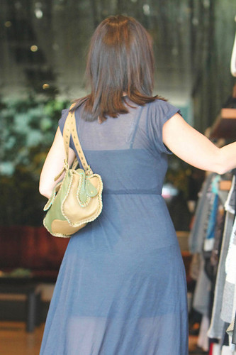 """""""Ghost Whisperer"""" 별, 스타 Jennifer 사랑 Hewitt goes to lunch at the Ivy Restaurant in West Hollywood"""