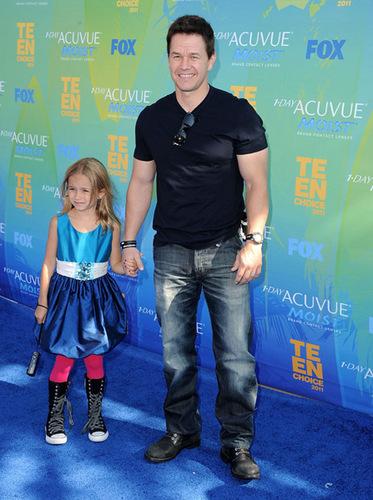 August 7 2011 - Teen Choice Awards - Arrivals