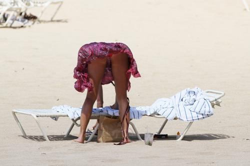 Bikini in Hawaii 13 08 2011