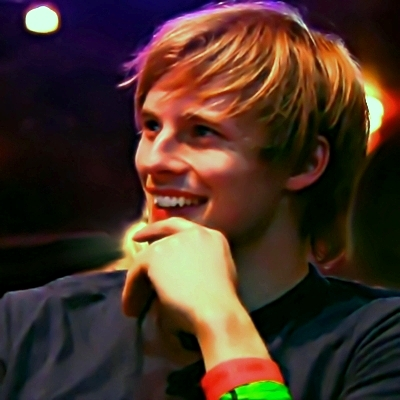 bradley james smile - photo #38