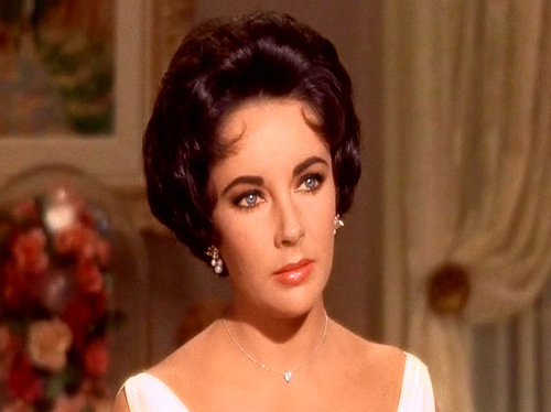 Elizabeth Taylor karatasi la kupamba ukuta with a portrait titled Cat on a Hot Tin Roof