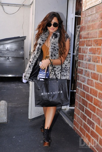 Demi - Shops at Alice + Olivia in Los Angeles, CA - August 15, 2011