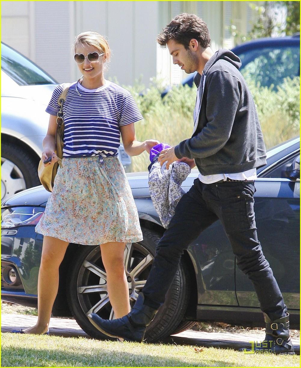 Dianna Agron with boyfriend Sebastian Stan: Saturday Sweeties!