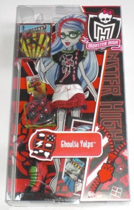 Ghoulia Yelps Comic Book Club Outfit