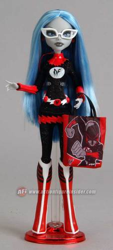Ghoulia Yelps Comic Con Doll