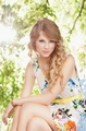 Gorgeous Picture of Taylor