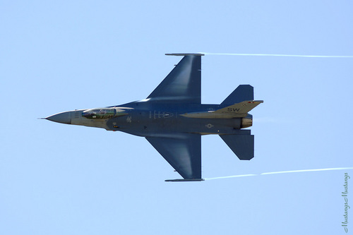 General Dynamics F-16 Fighting faucon