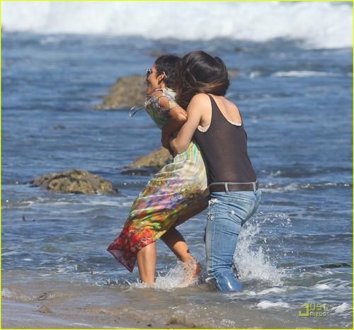 Halle Berry: Bikini strand Birthday Bash!