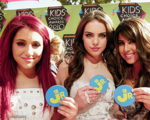Jade West - elizabeth-gillies Photo