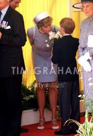 Princess Diana and her Sons 바탕화면 with a business suit called Princess Di and the Princes