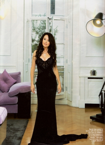 sarah brightman fondo de pantalla probably with a living room, a family room, and a cóctel, coctel dress called Sarah Brightman