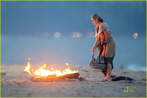 Sarah Michelle Gellar: 'Ringer' пляж, пляжный Babe!