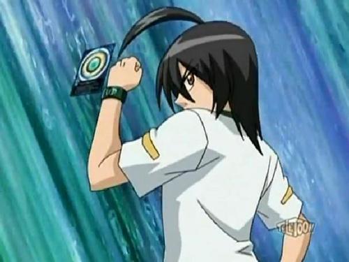 Shun battling