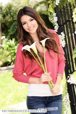 Victoria Exclusive Photoshoot! - victoria-justice Photo