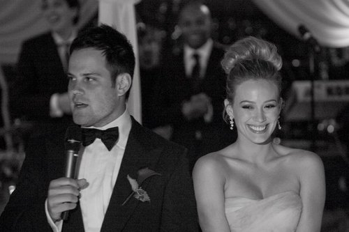Hilary Duff & Mike Comrie fond d'écran titled Wedding