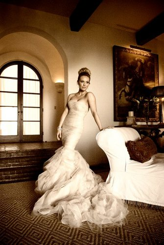 Hilary Duff & Mike Comrie fondo de pantalla containing a gown, a bridal gown, and a cena dress called Wedding