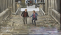 ron and hermione holding hands! :O