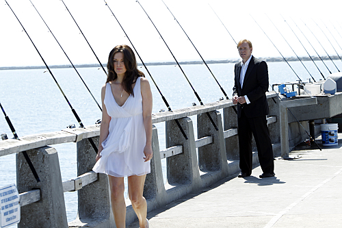CSI: Miami wallpaper entitled 10.01-Countermeasures-Promo