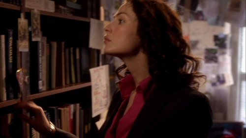 104 Claudia - myka-bering Screencap