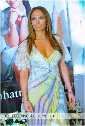 2003 maid in manhattan premiere