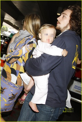 Aaron Johnson & Sam Taylor-Wood: LAX with Wylda Rae! - aaron-johnson Photo