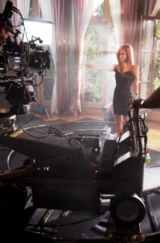 "Avril~Behind the scenes of the ""Wild Rose"" commercial"