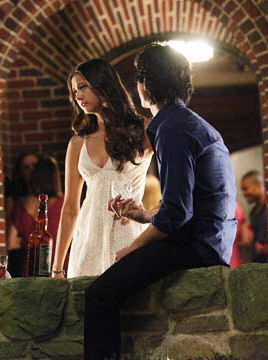 Damon salvatore images damon and elena party wallpaper and for Damon y elena