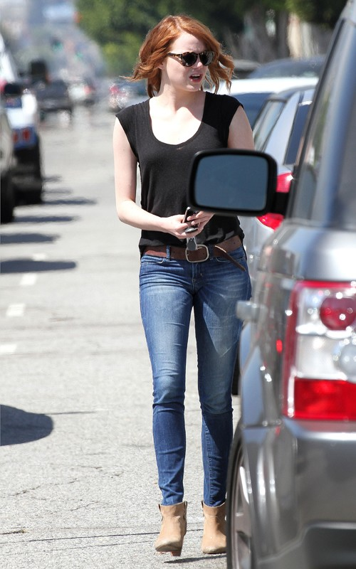 Emma Stone out in Hollywood with her gal pals (August 17).