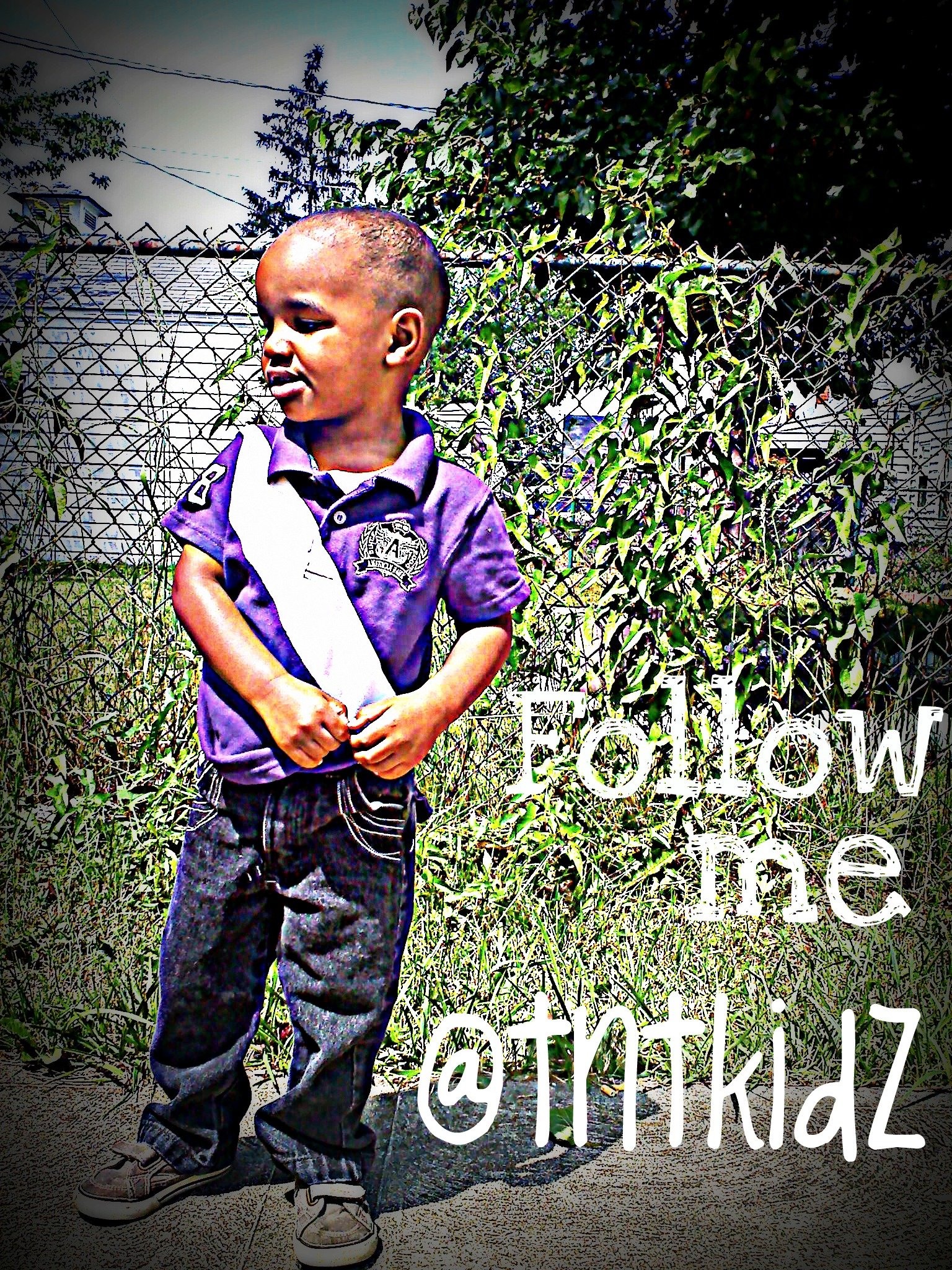 Follow Trenton Dior onhis twitter he is a 3 año old dancer/rapper on youtube