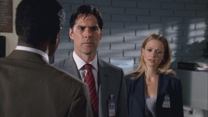 Hotch & JJ // 2x22
