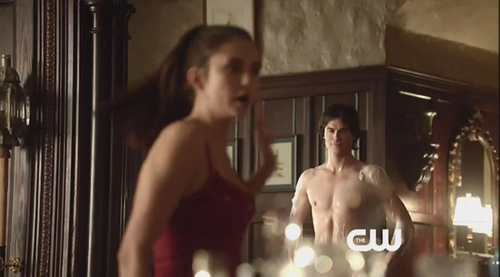 The Vampire Diaries TV montrer fond d'écran possibly containing a gros morceau, hunk and skin titled Indecent Damon