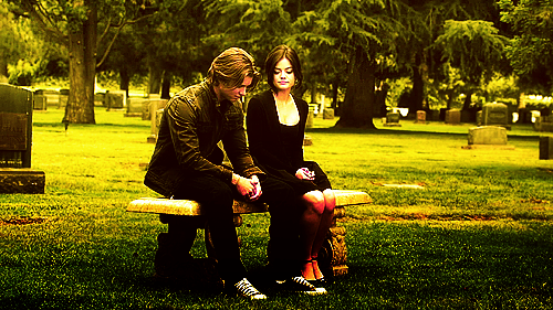 http://images5.fanpop.com/image/photos/24600000/Jason-and-Aria-jason-and-aria-24621345-500-281.png