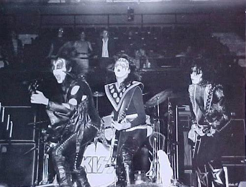 KISS live 1974