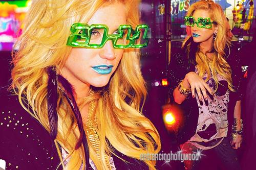 Kesha - Times Square