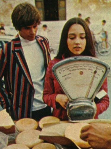 Olivia hussey dating leonard whiting