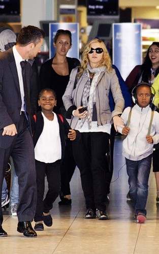 Madonna: london Landing with Brahim & the Kids!