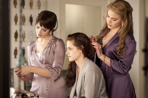 New Breaking Dawn Movie Stills [HQ and Untagged]