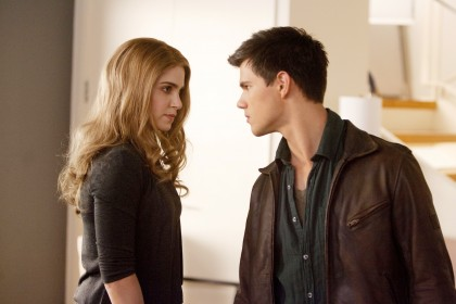 New 'Breaking Dawn' Still of Jacob and Rosalie!