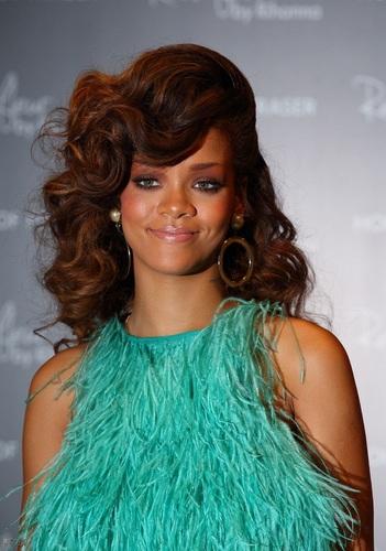 Rihanna - Reb'l Fleur launch in London - August 19, 2011