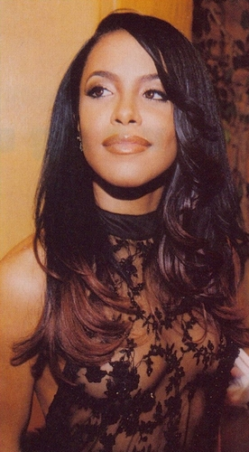 Aaliyah wallpaper probably with a portrait entitled Romeo Must Die Premiere 2000