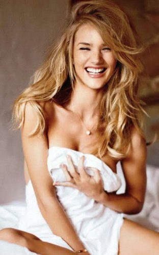 Rosie Huntington-Whiteley's Maxim Australia Hotness