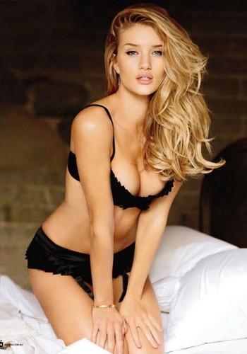Rosie Huntington-Whiteley's Maxim Australia Hotness