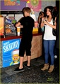 Selena - At Smoothie King With Justin Bieber - August 19, 2011
