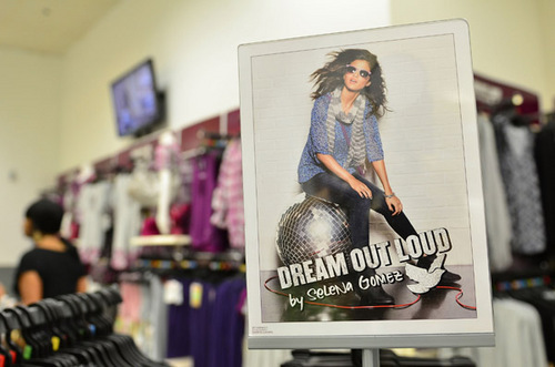 Selena - Dream Out Loud Meet & Greet @ K-Mart In Philadelphia - August 19, 2011